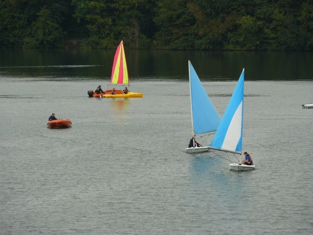Merstham Lake for Sailing and watersports